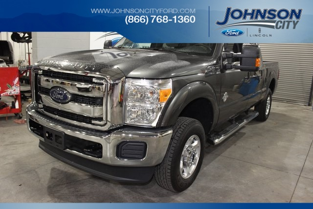 New Ford F-250SD XLT